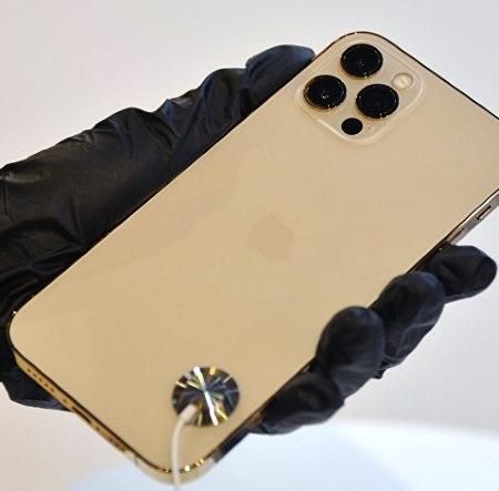Замена заднего стекла iPhone 12 Pro Max